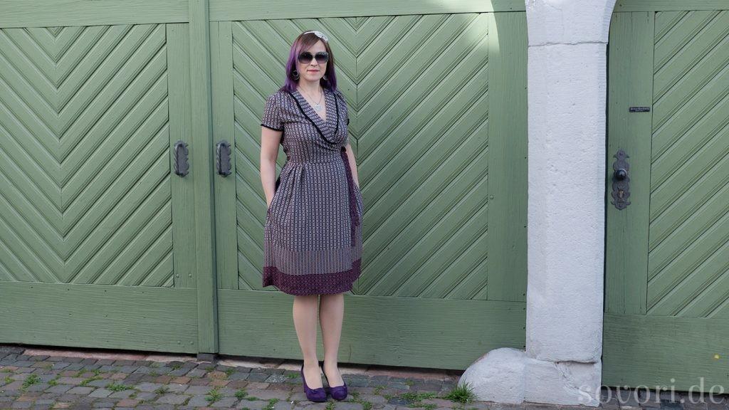 In Neustadt mit dem selbstgenähten Wickelkleid