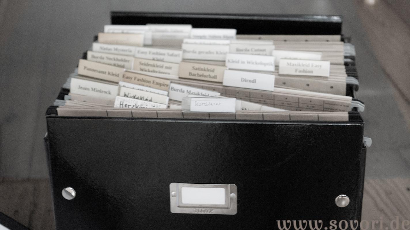 Schnitte in einer Archivbox aufbewahren